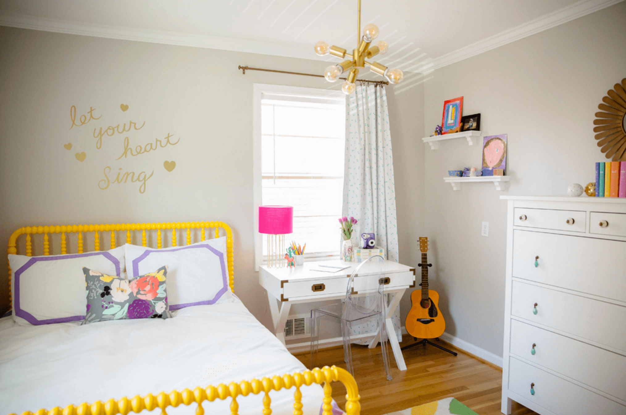 28 Ideas For Adding Color To A Kids Room Freshome Com 174