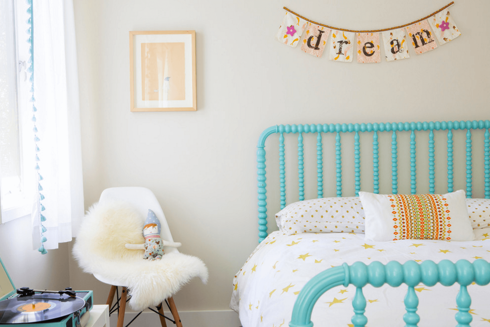 Kids Room Neutral6