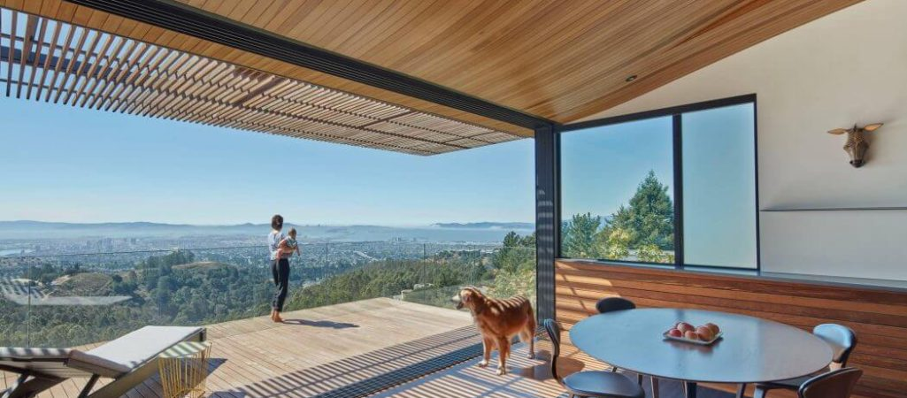 Wood Tube Wraps the Living Room of This Family Home in California