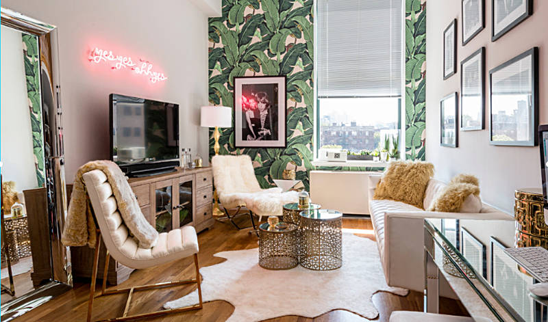 Panels of tropical wallpaper in an urban living room - freshome.com