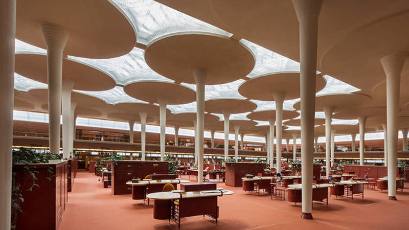 New Frank Lloyd Wright Exhibit Gives You a Free Look Inside His Designs