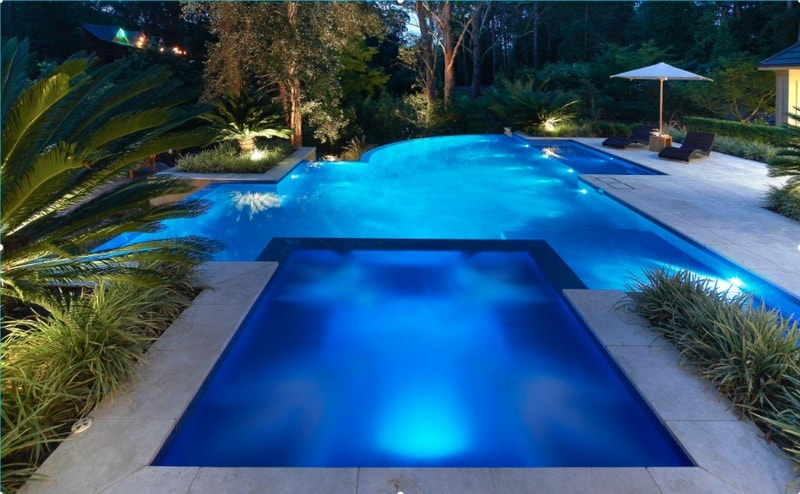 contemporary dual swimming pool design ideas - freshome.com