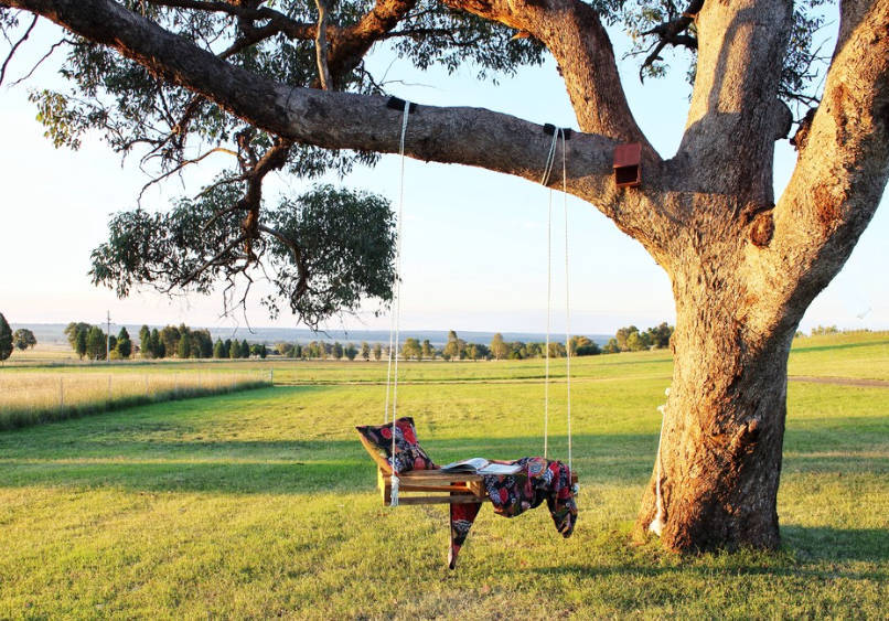 tree swings made from pallets