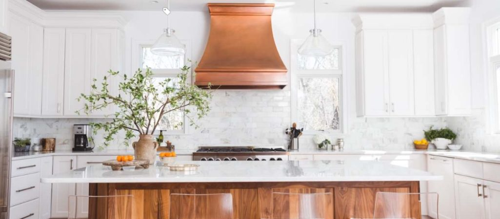 It's Time to Talk About the Hottest 2017 Kitchen Trends (and How to Make Them Work for You)