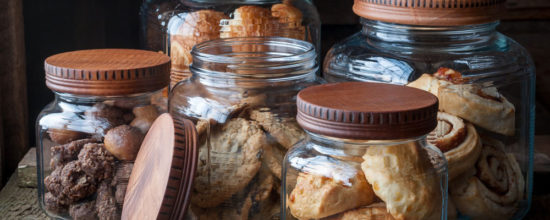 Follow These Tips for Efficient and Elegant Pantry Organization