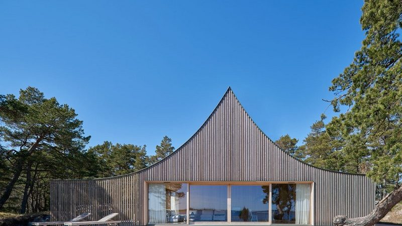 Swedish Vacation Home Unveils Tent-Like Silhouette