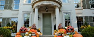 Fresh Tips for Curating A Chic Hallow's Eve Party