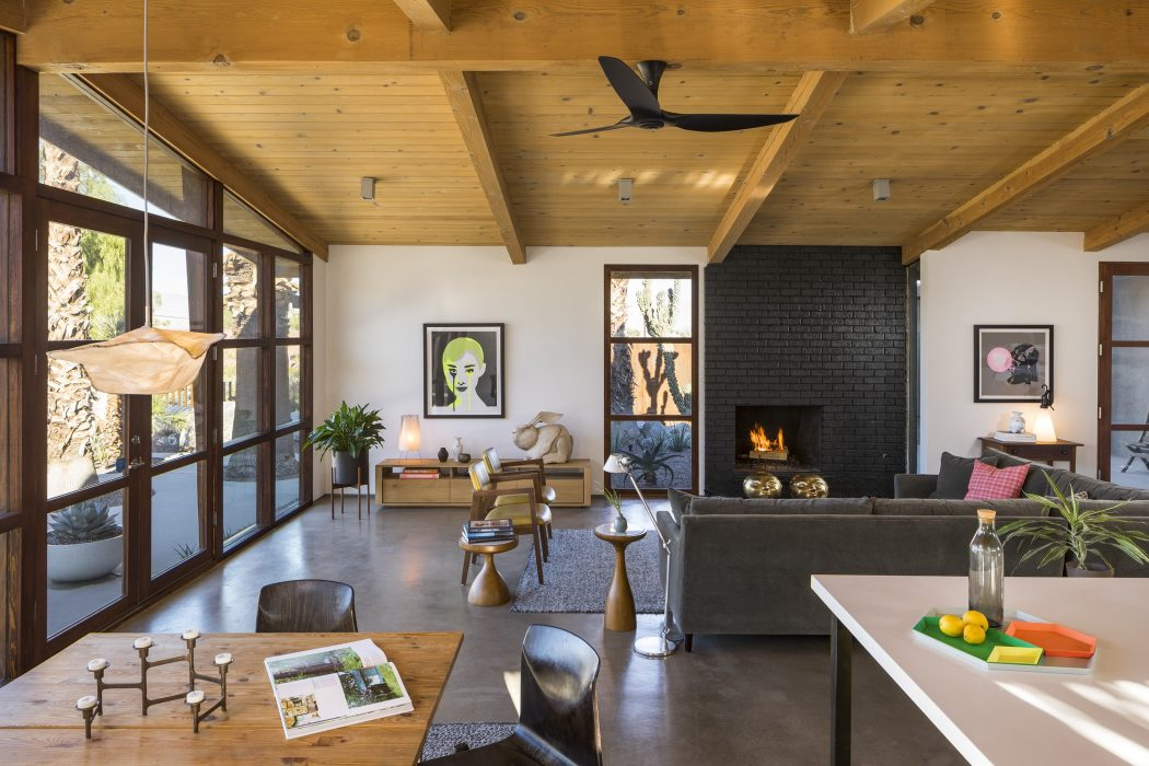 Old ranch home in palm springs gets inspiring renovation - Modern ranch home interior design ...