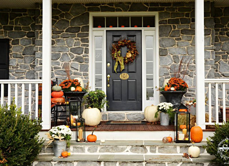 Make Your Neighbors Jealous With These 21 Modern Fall Porch ...