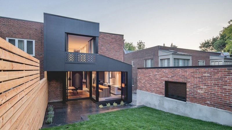 Contemporary 'Black Box' Home Extension in Montreal