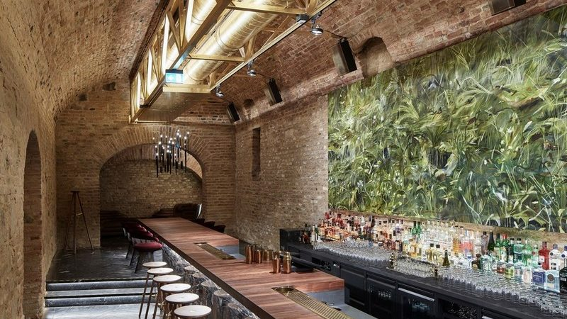 Discover the Revamped Cocktail and Underground Bar in Vienna
