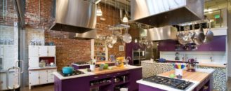 How to Use Ultra Violet, the Pantone 2018 Color of the Year, in Your Interiors
