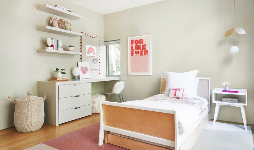 fetching image of bedroom decoration using sage green | Decorating With Sage Green Is a Thing for 2018, According ...