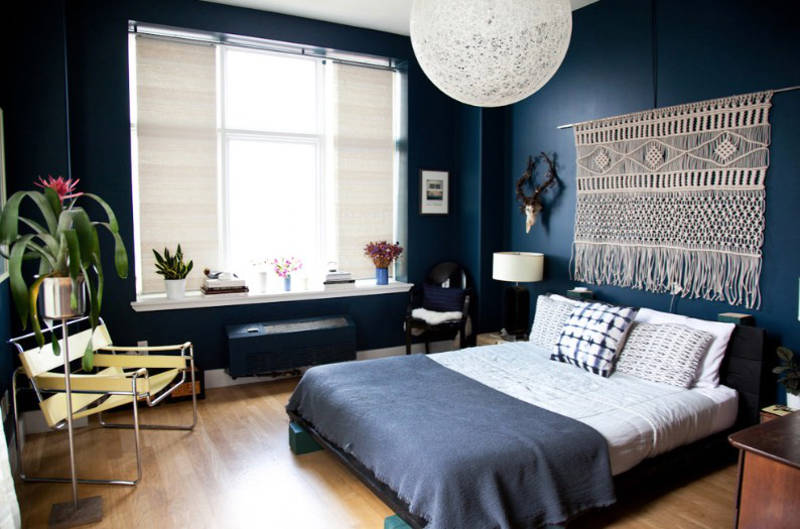 10 Things To Do With The Empty Space Over Your Bed Freshomecom