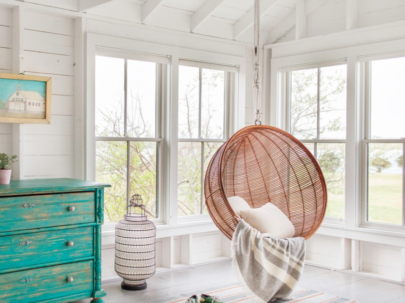 You Totally Need These Hanging Chairs And Swinging Beds In Your Life