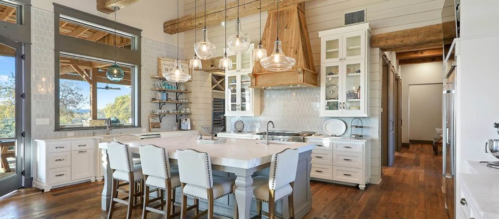8 Easy Ways to Add Color to Your Modern Farmhouse Kitchen