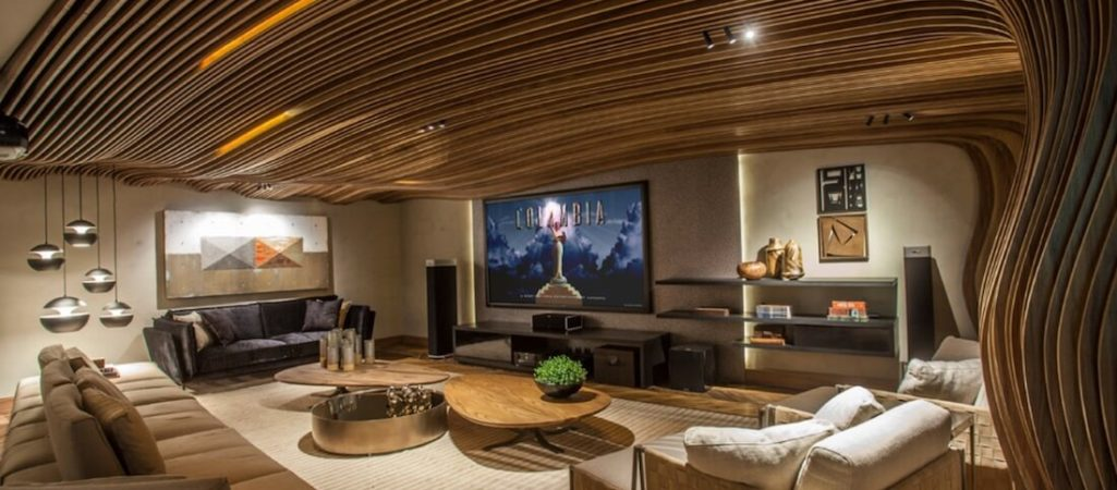21 Ideas for Wild Statement Ceilings