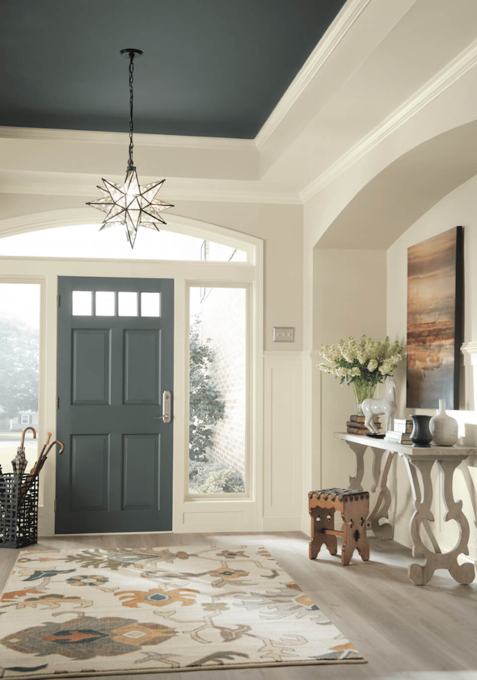 Why foyer color matters and how to choose it - What is a foyer ...