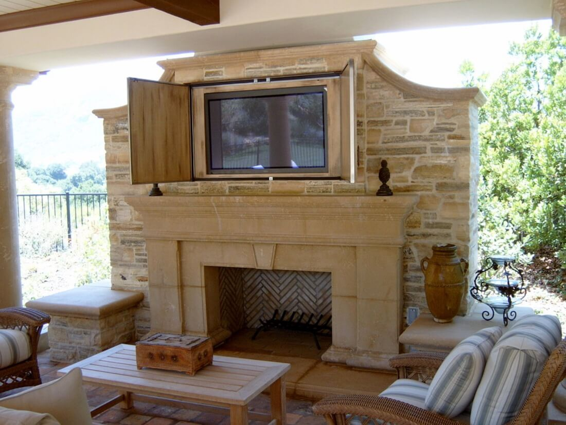 Outdoor Fireplaces Mixed Brick TV