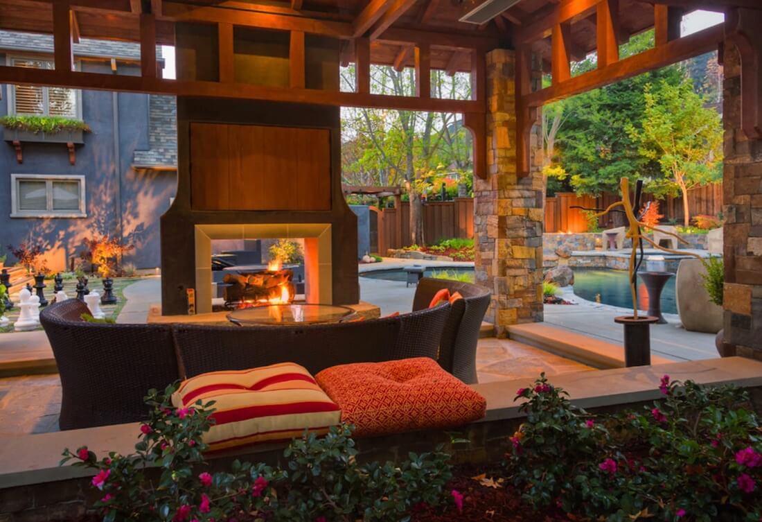Outdoor Fireplaces Mixed