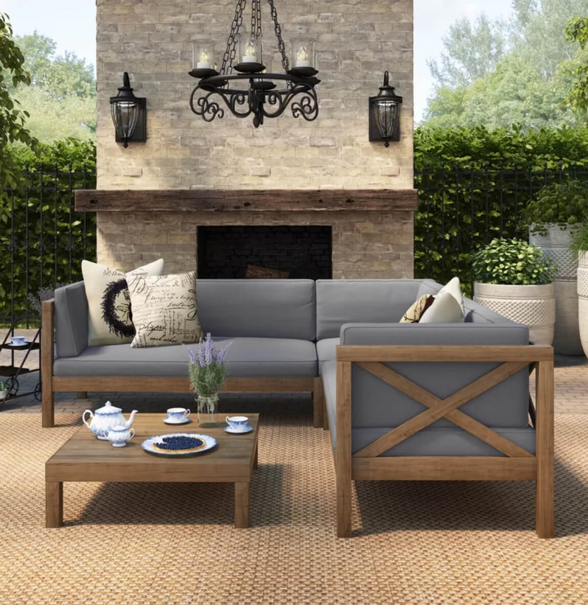 Outdoor living room summer decorating