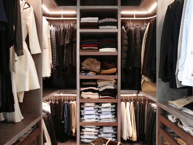 75b77d4c494285 6 Closet Cleaning Tips to (Finally) Get Your Wardrobe Organized