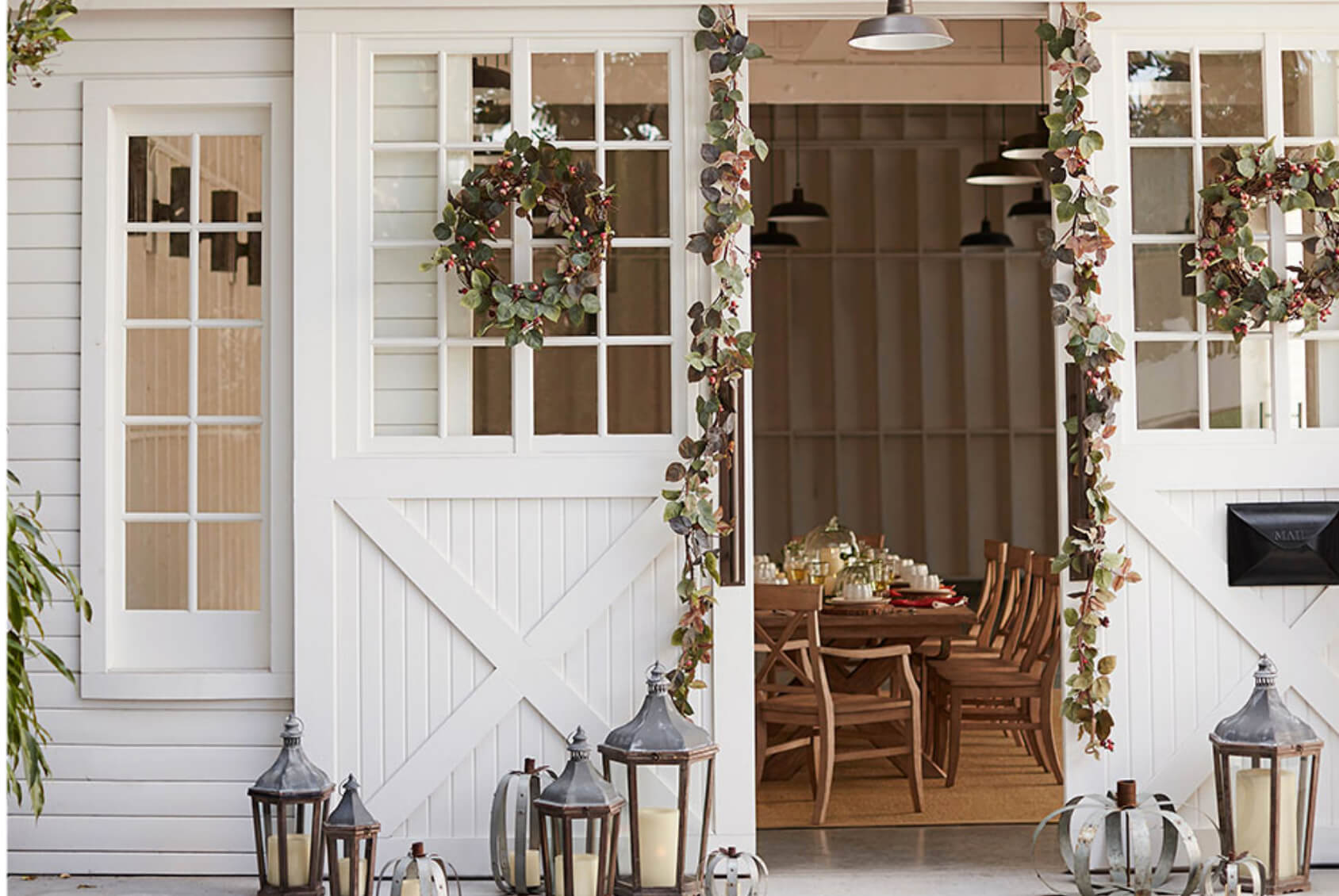 Gorgeous Ideas for Fall Porch Decorating | Freshome.com