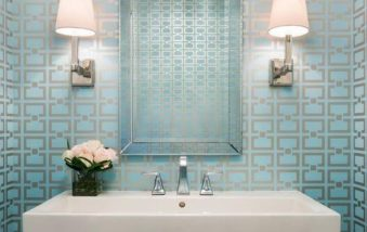 Think Wallpaper is Outdated? It Can Actually Update Your Bathroom