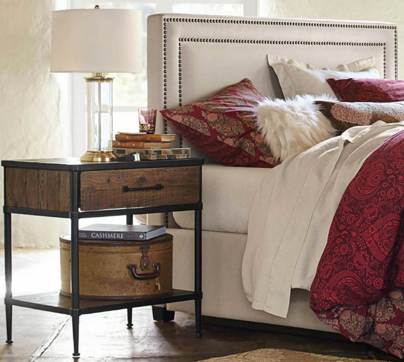 Top Designer Tips To Style Your Nightstand Freshome Com
