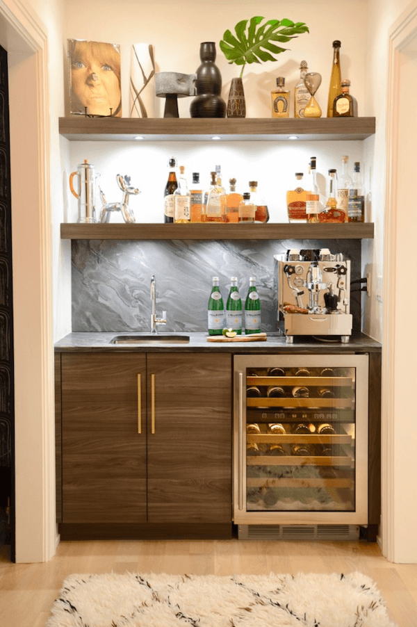A Compact Wet Bar Makes Perfect Setting For Your Favorite Home Details Image D2 Interieurs