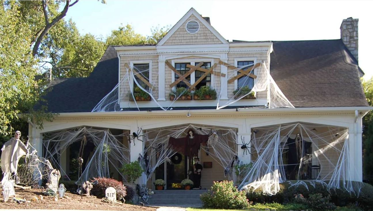 Best Decorated Houses For Halloween Houston 2020 20 of the Best Items in Truly Scary Halloween Decor