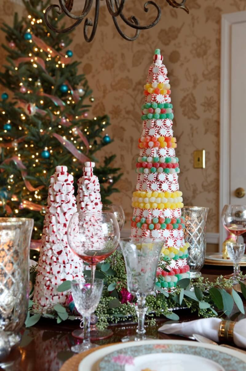 Country Christmas Table Setting Candy Cones