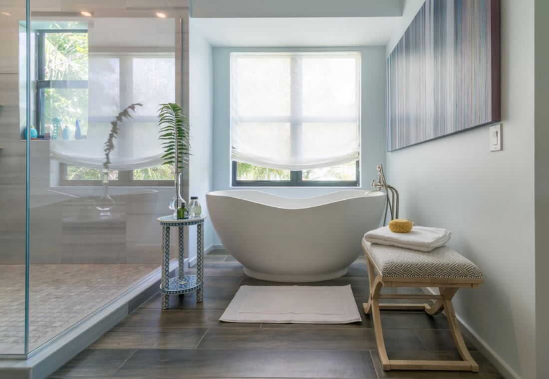 Calm Home Soaker Tub