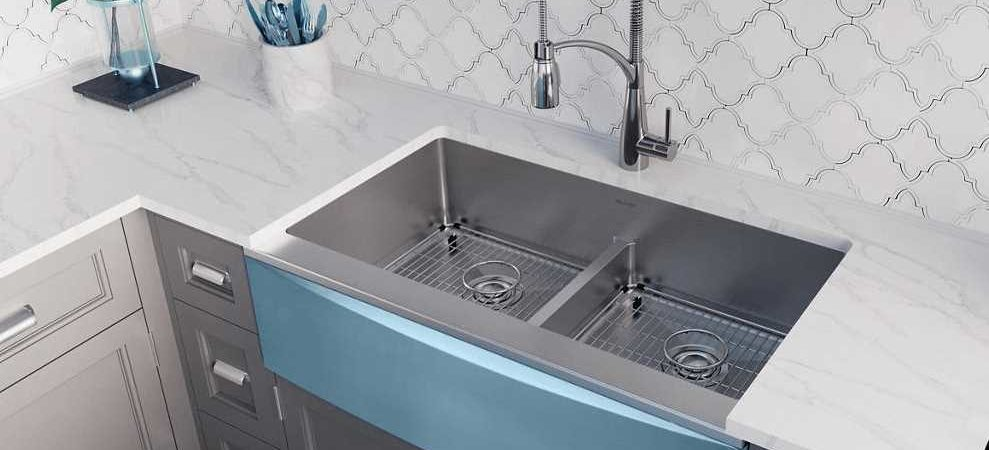 Are Farmhouse Sinks Still Trendy?