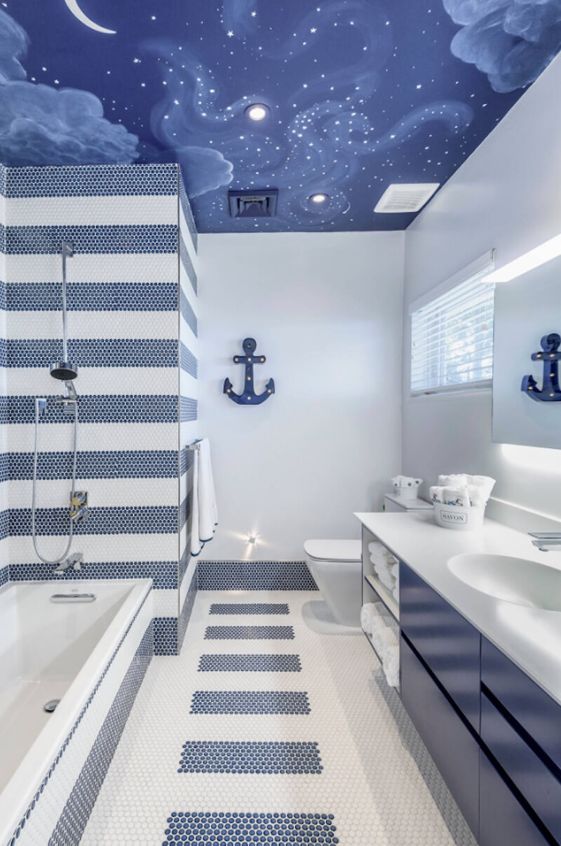 Interior Skyscapes Nautical Bathroom