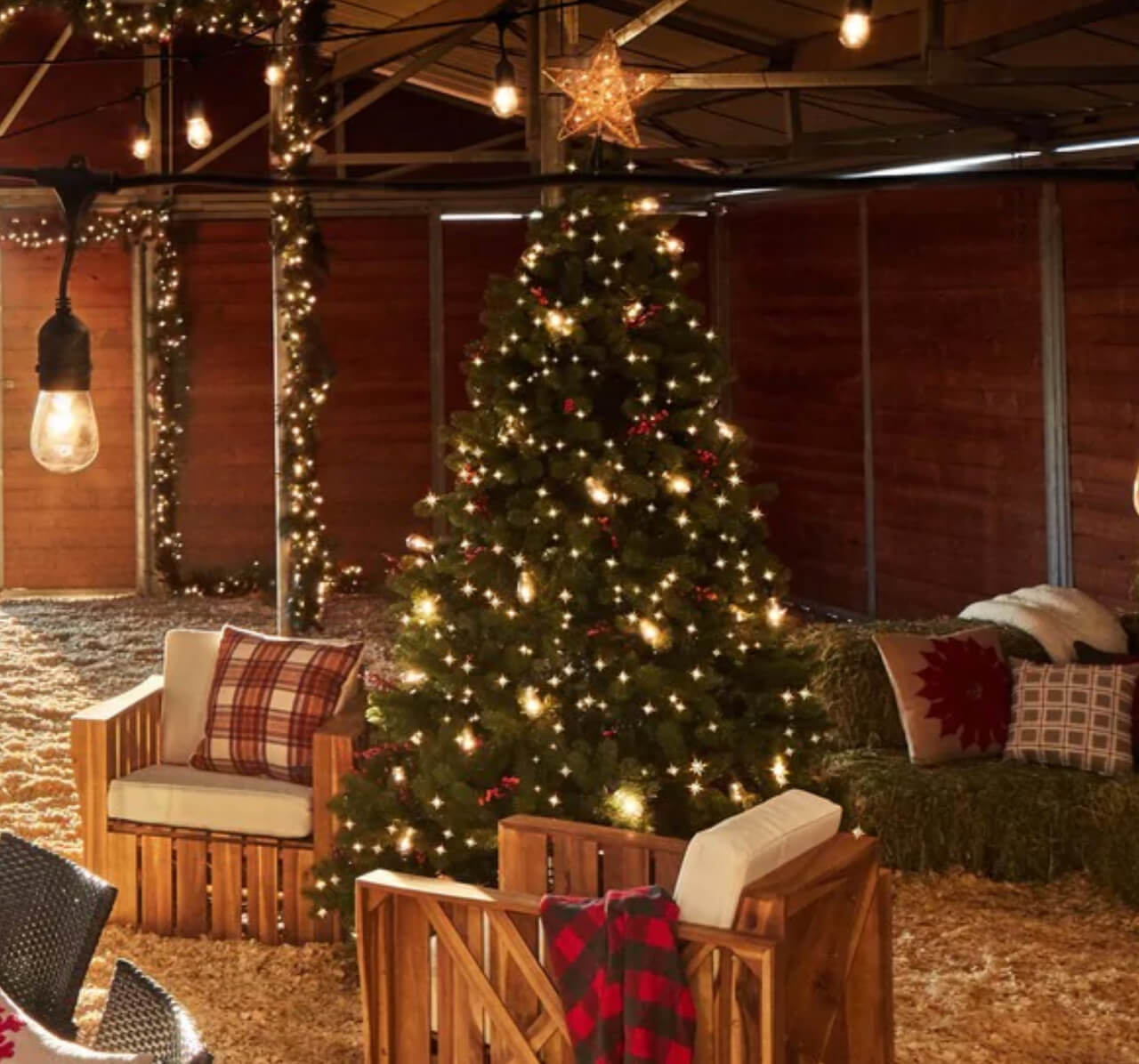 Outdoor holiday decorating