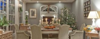 Should You Decorate for the Holidays If Your Home is on the Market?