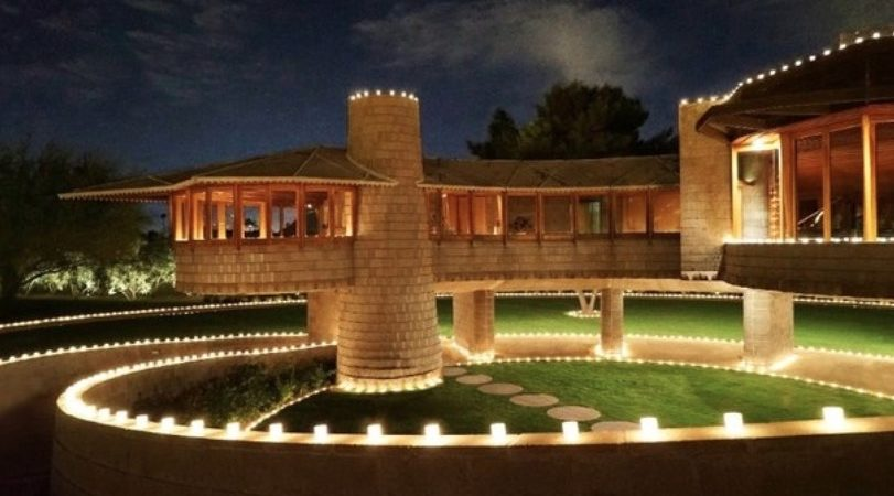 This Stunning Frank Lloyd Wright Home is for Sale
