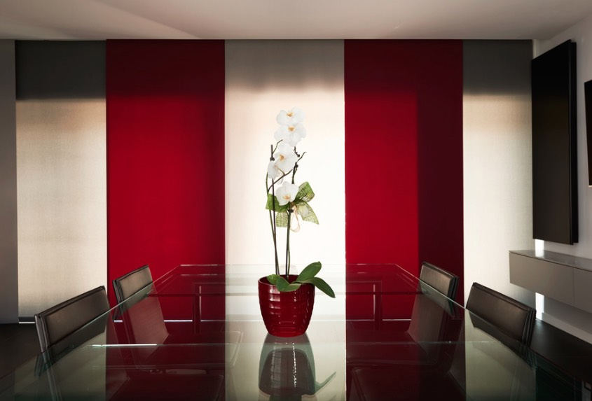 decorate with red
