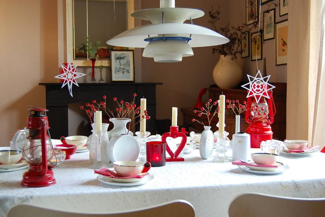 Valentine's Day Table Setting Rustic Red