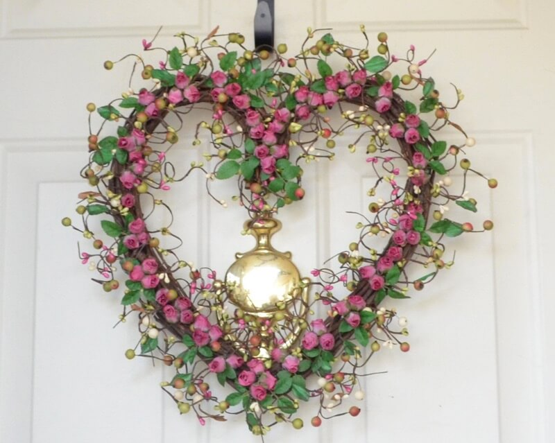 Valentine's Day Wreaths Roses Vines