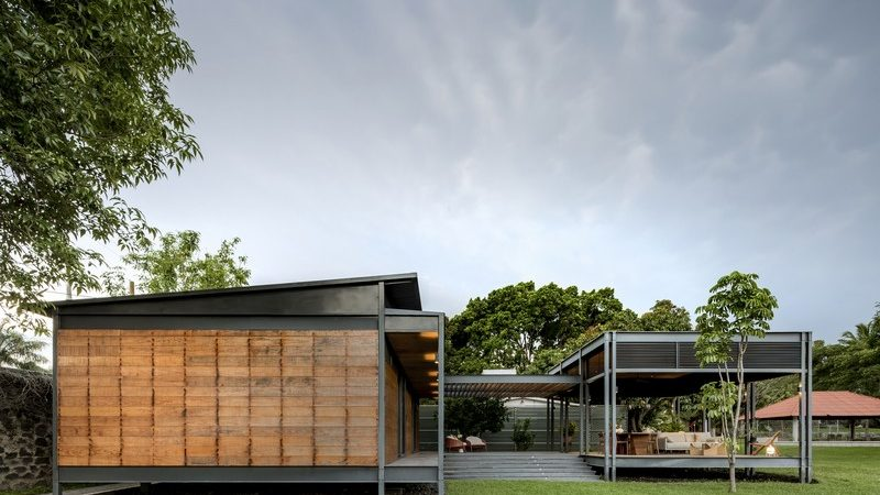 Prefabricated House in Mexico Inspired by Love for the Outdoors