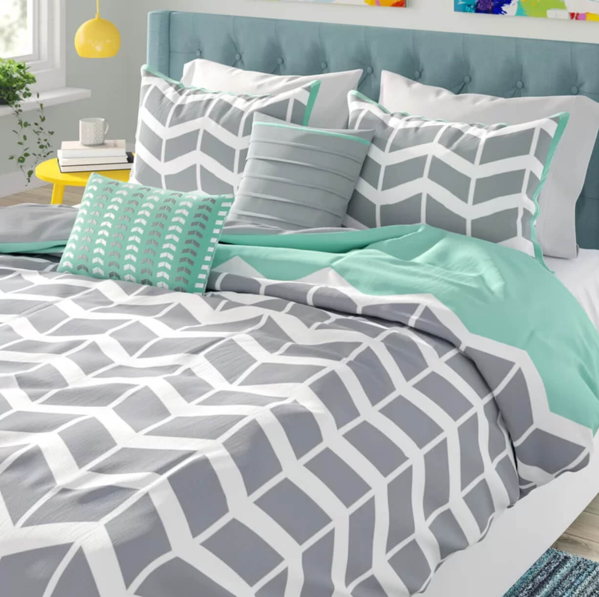 Short Term Rental Bedding