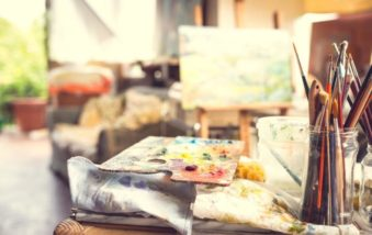 Art Studios: Ideas to Get Your Creative Juices Flowing