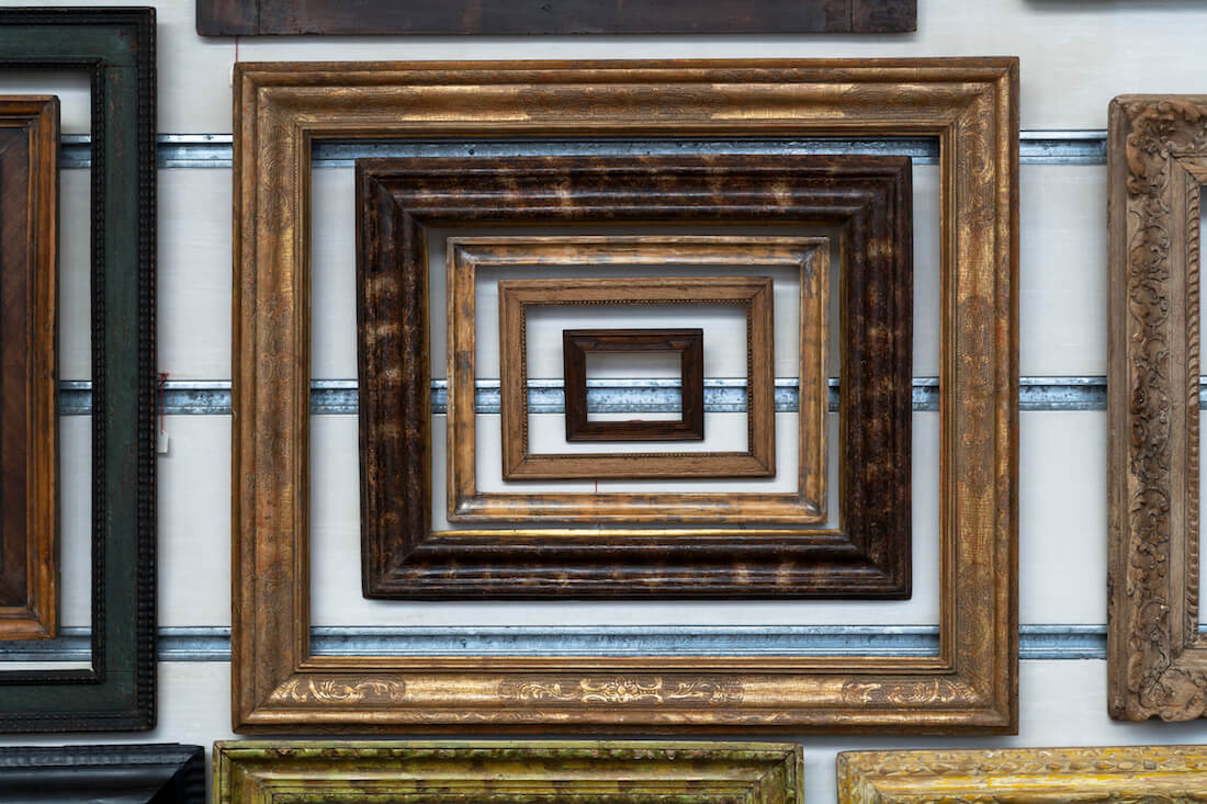 Empty Frame Layered Style