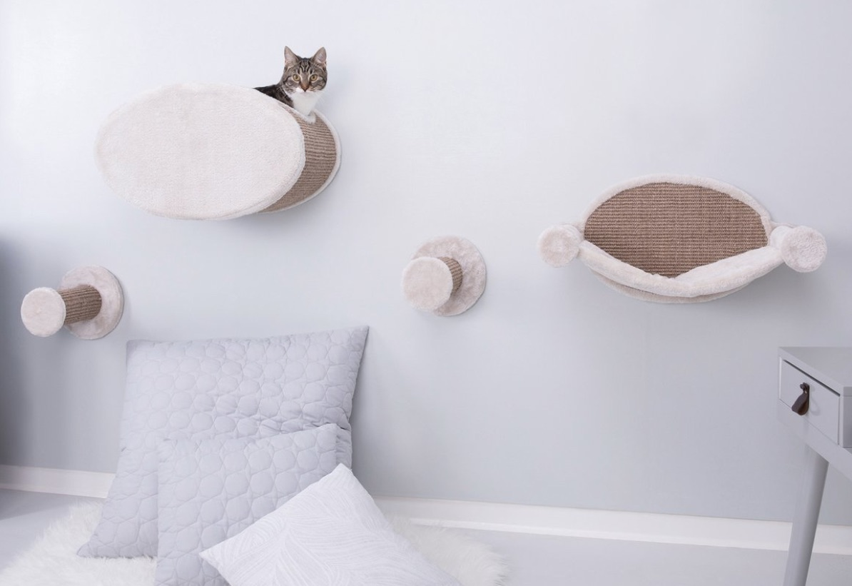Interior Designs for Pet Lovers Cat Climb Wall