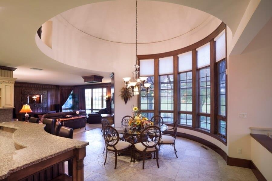 Dome ceiling define dining area