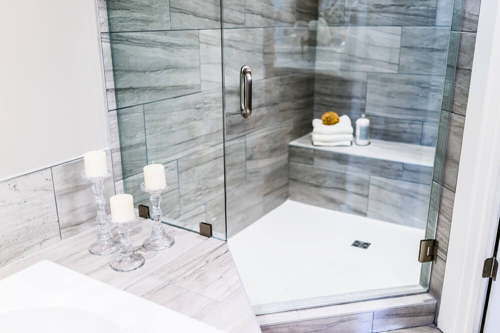 Open Design Showers Texture Style