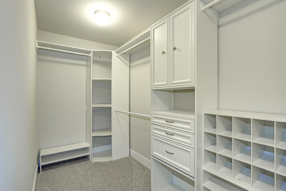 Walk-in Closets Cubbies Style