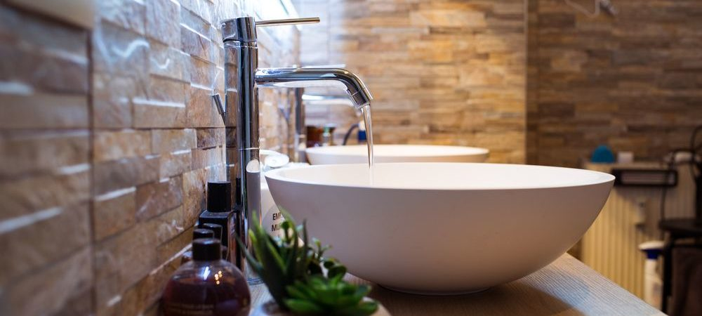 Undermount, Wall Mount, Drop In, Vessel, Pedestal — All About Bathroom Sinks